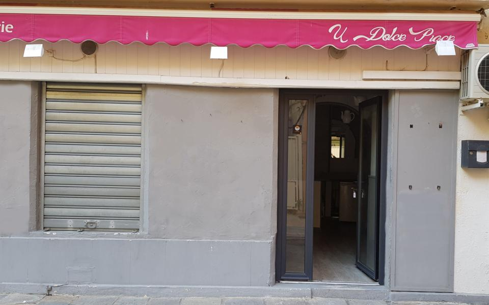 Local commercial centre ville Ajaccio facade