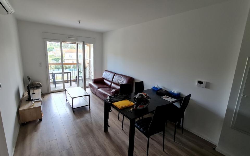 F2 meublé à louer l'Aparté séjour