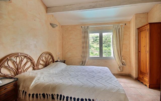 Chambre, Maison F4 a vendre proche Mezzavia, En Corse, à Ajaccio