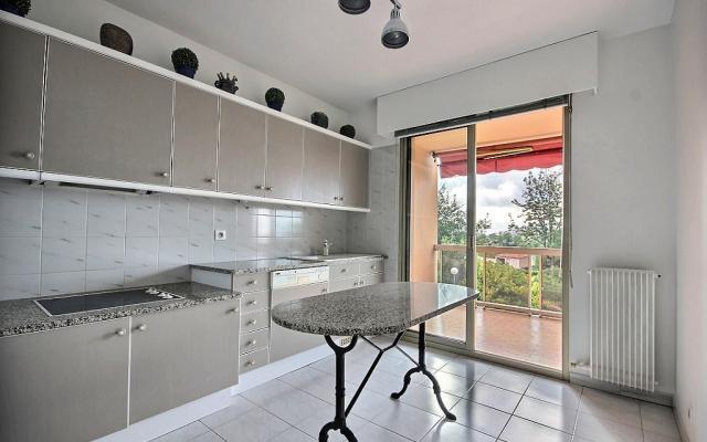 Cuisine, A vendre, appartement F3, Salario à Ajaccio en Corse