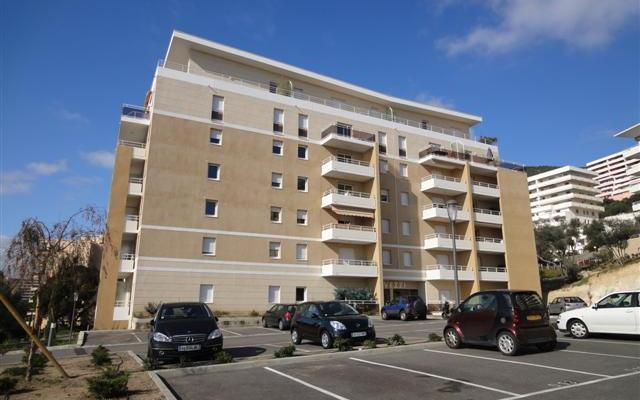 Immeuble, Location appartement F2 Res Parc Lucie