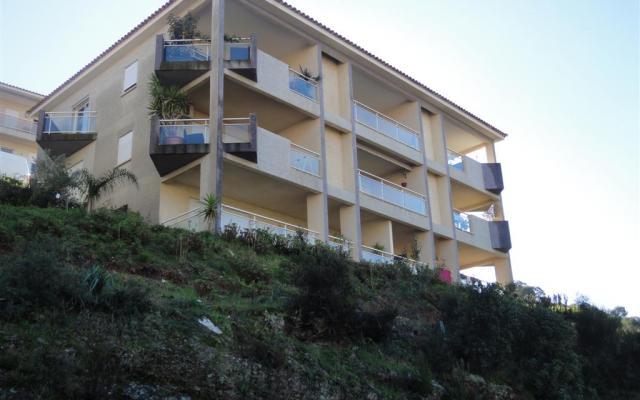 En Corse, à Ajaccio, Location d'un appartement de type F2 MEUBLE Les Jardins de Campo Dell Oro