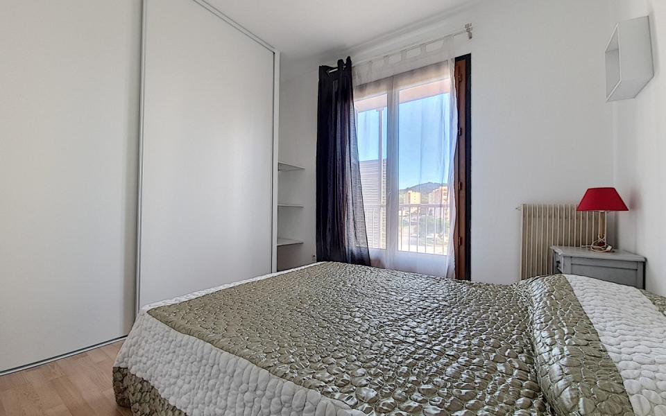 F2 meublé à louer Pietralba chambre