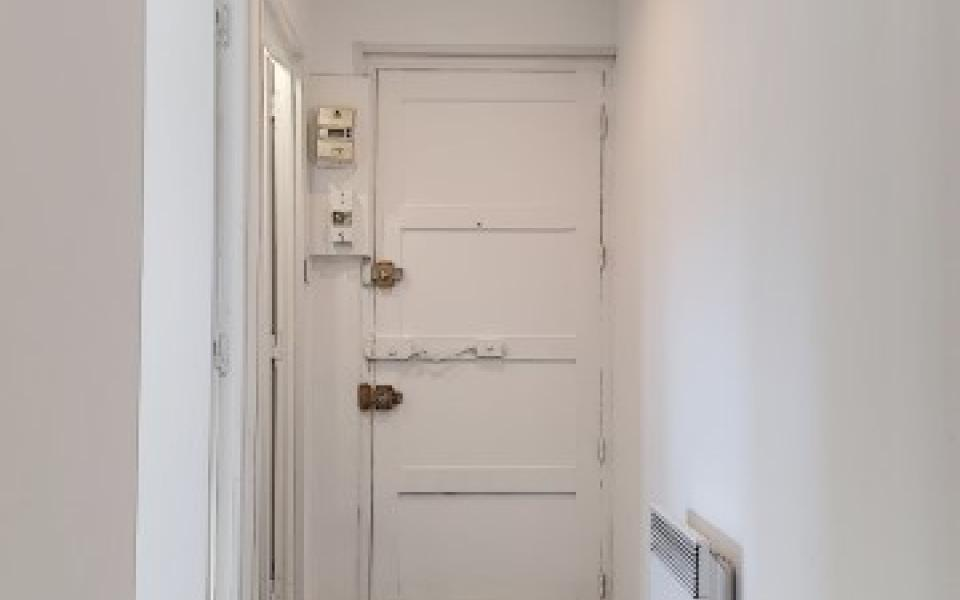 F3  à louer Candia entrée appartement