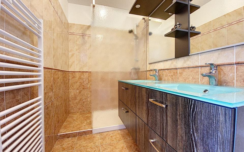 Salle de bain F3 Cyclamens