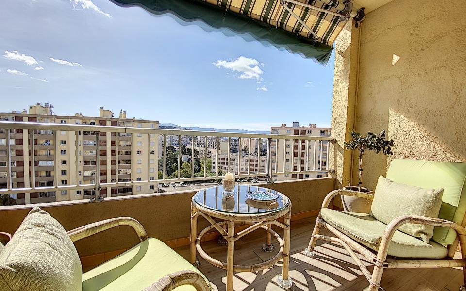 F3 à vendre à ajaccio Parc-Azur terrasse