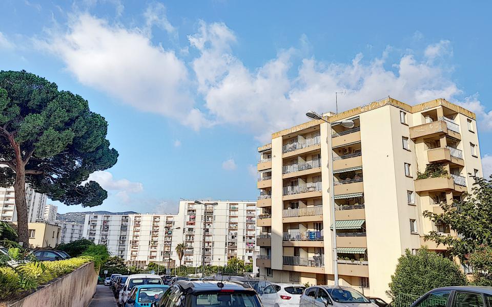 F3 à louer Parc Azur vue
