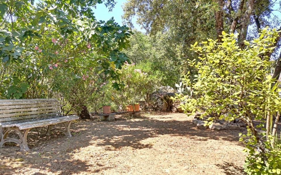 A louer Haut de villa F4 Alata  vue jardin