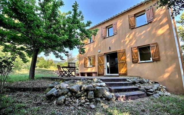 En corse ajaccio vente d 39 une villa de type f4 sur la for Location maison sud corse