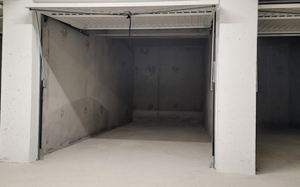F4  à louer Carré Bodiccione 3ème étage garage