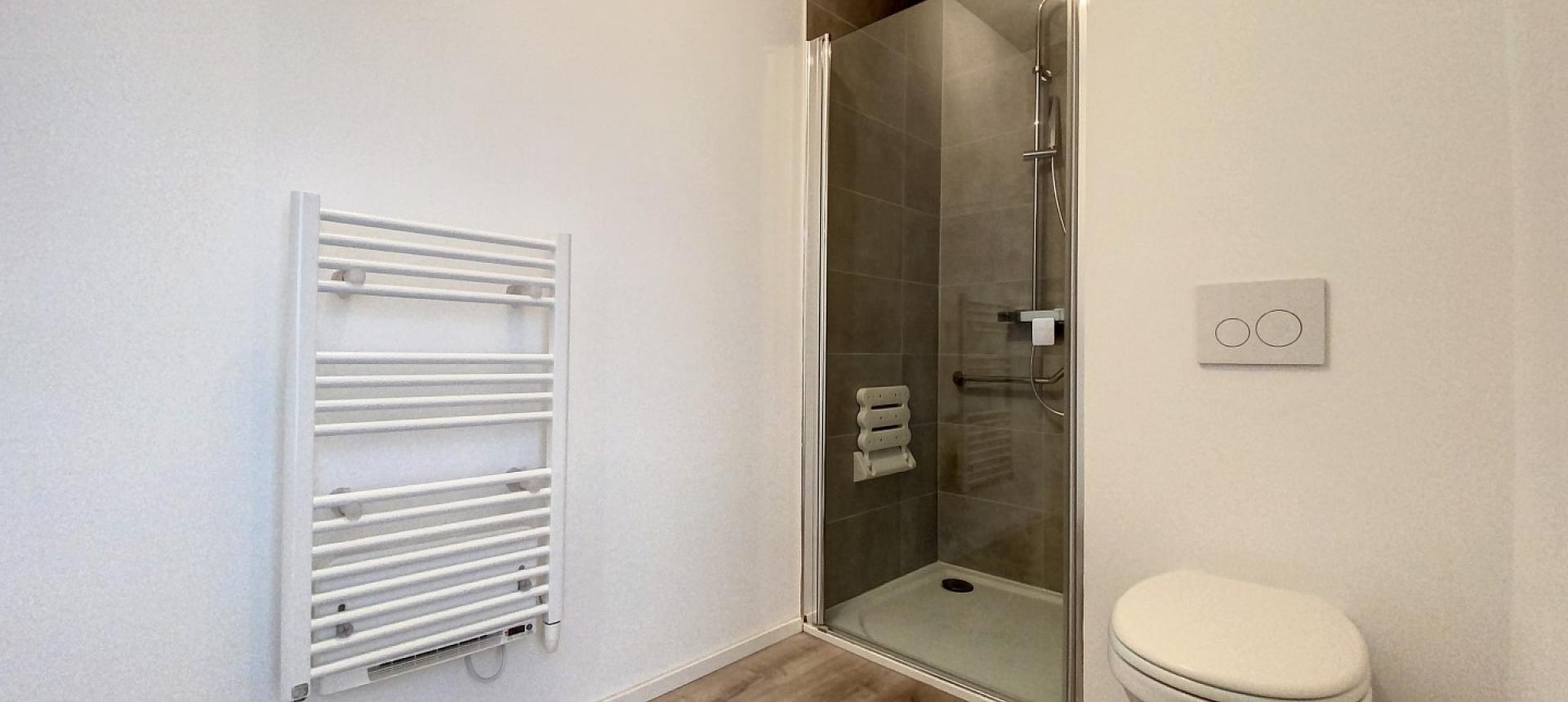 Salle de bain - Vente appartement T2 à Ajaccio secteur Mezzavia