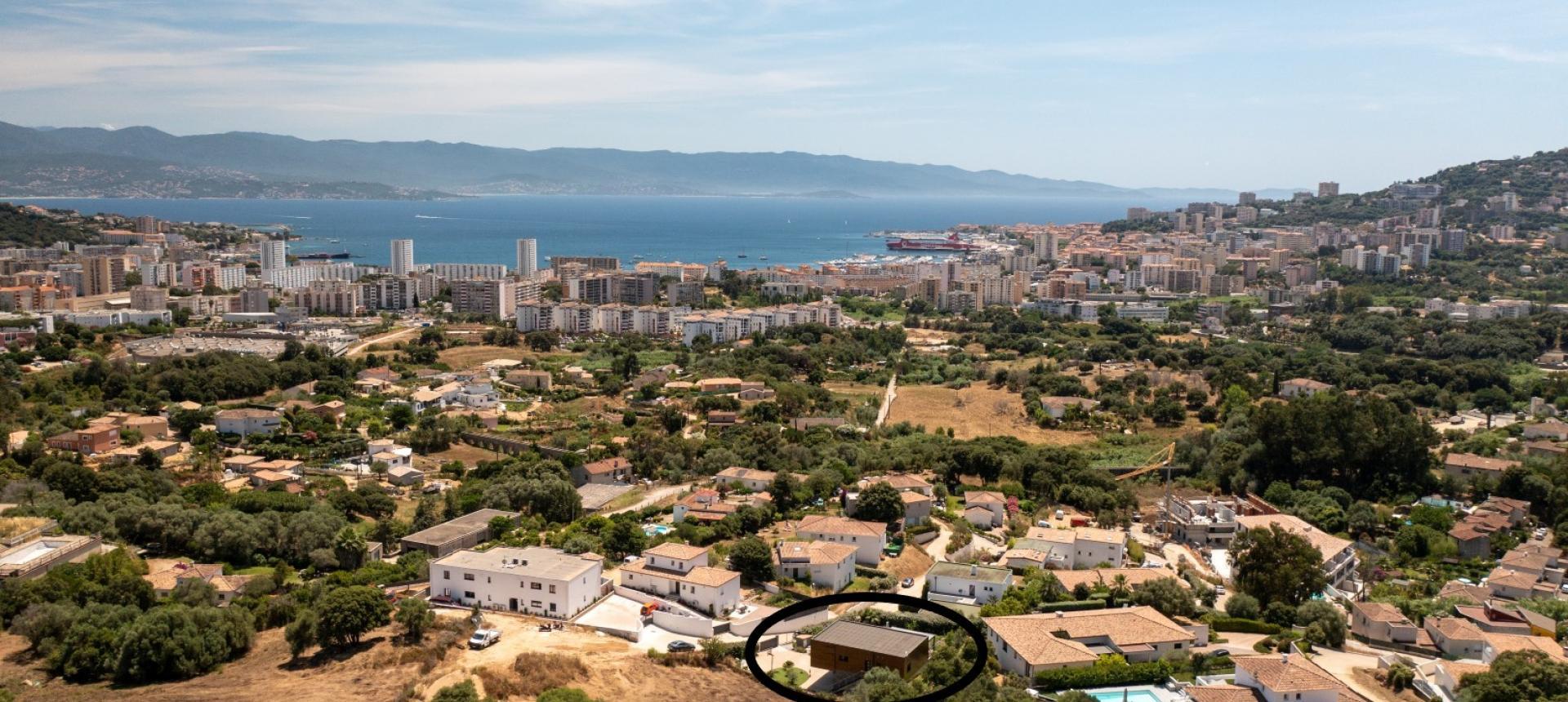 Villa d'architecte à vendre à AJACCIO vue ville mer