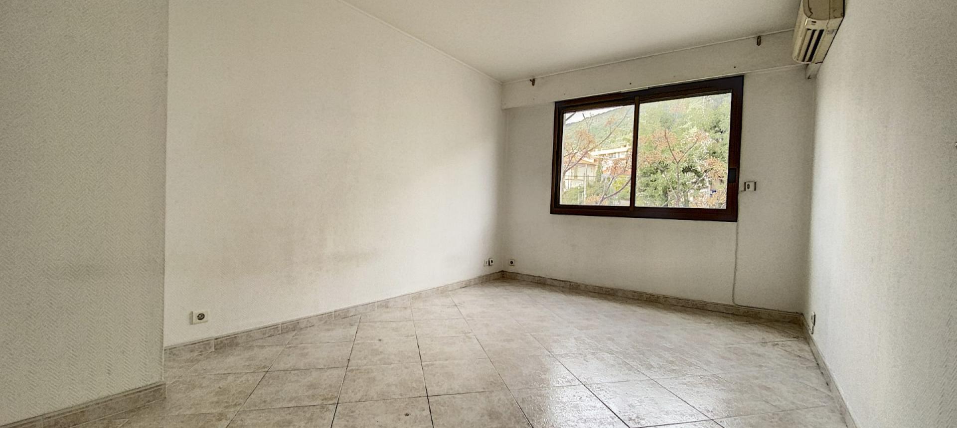 F3 Quartier des étrangers Ajaccio - Chambre 1
