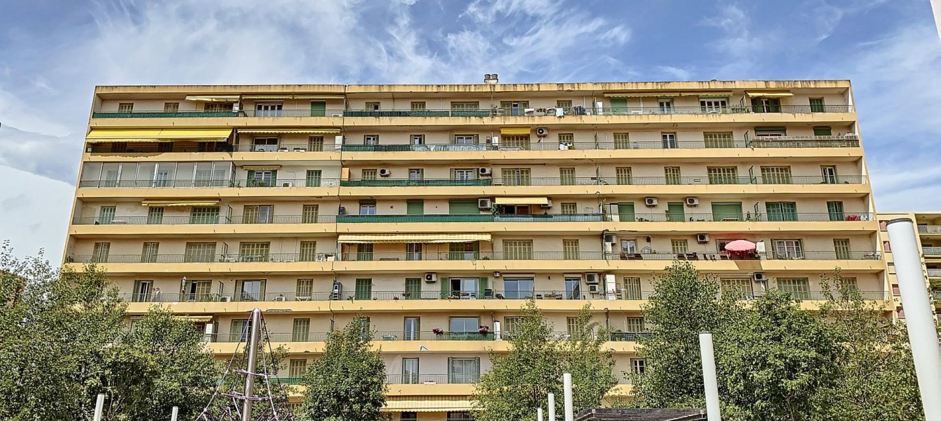 A vendre appartement F3 proche centre-ville - Vue extérieur