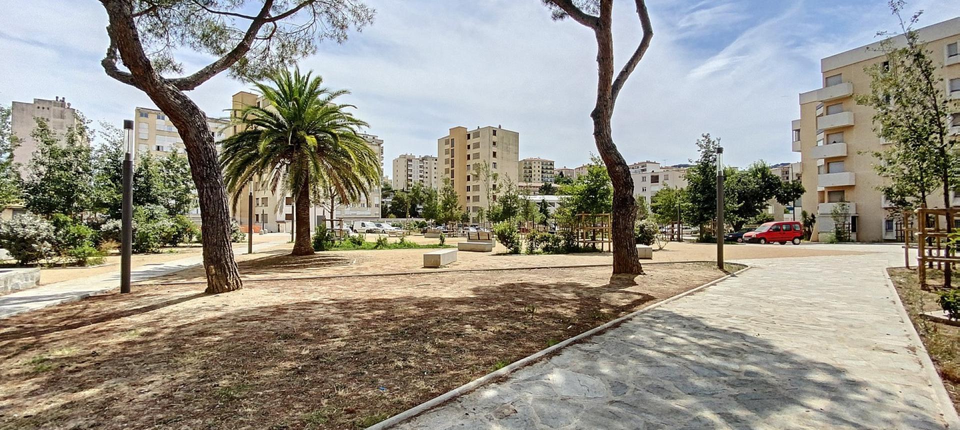 A vendre appartement F3 proche centre-ville - Vue extérieur 2