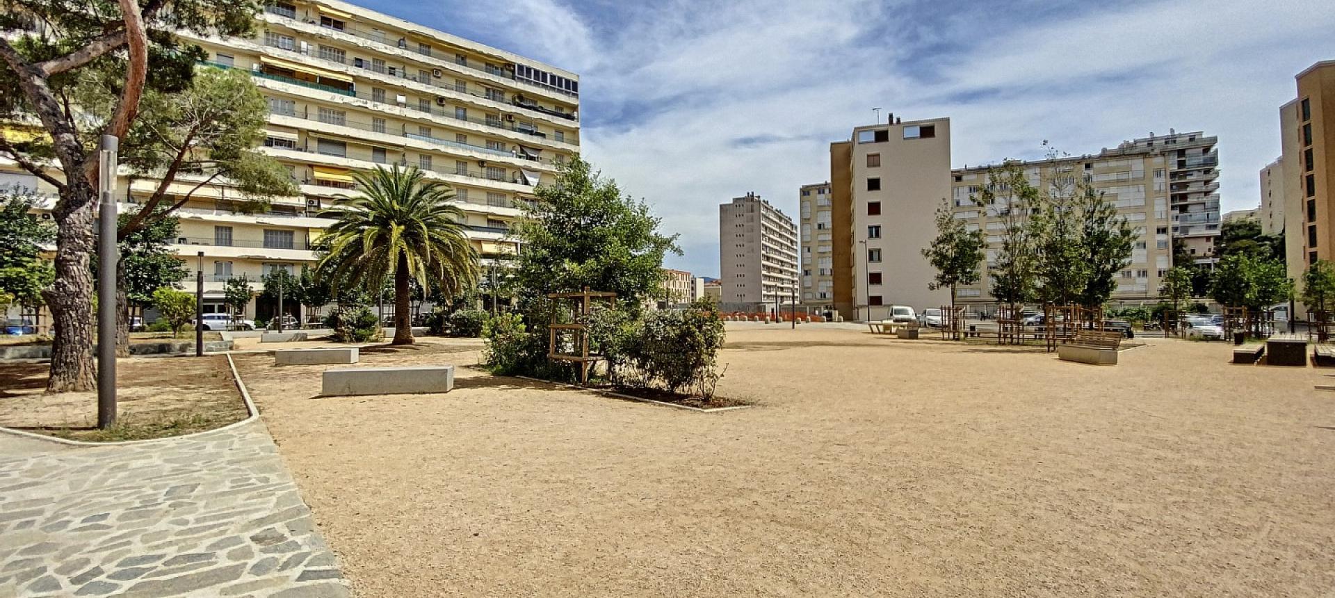 A vendre appartement F3 proche centre-ville - Vue extérieur 3
