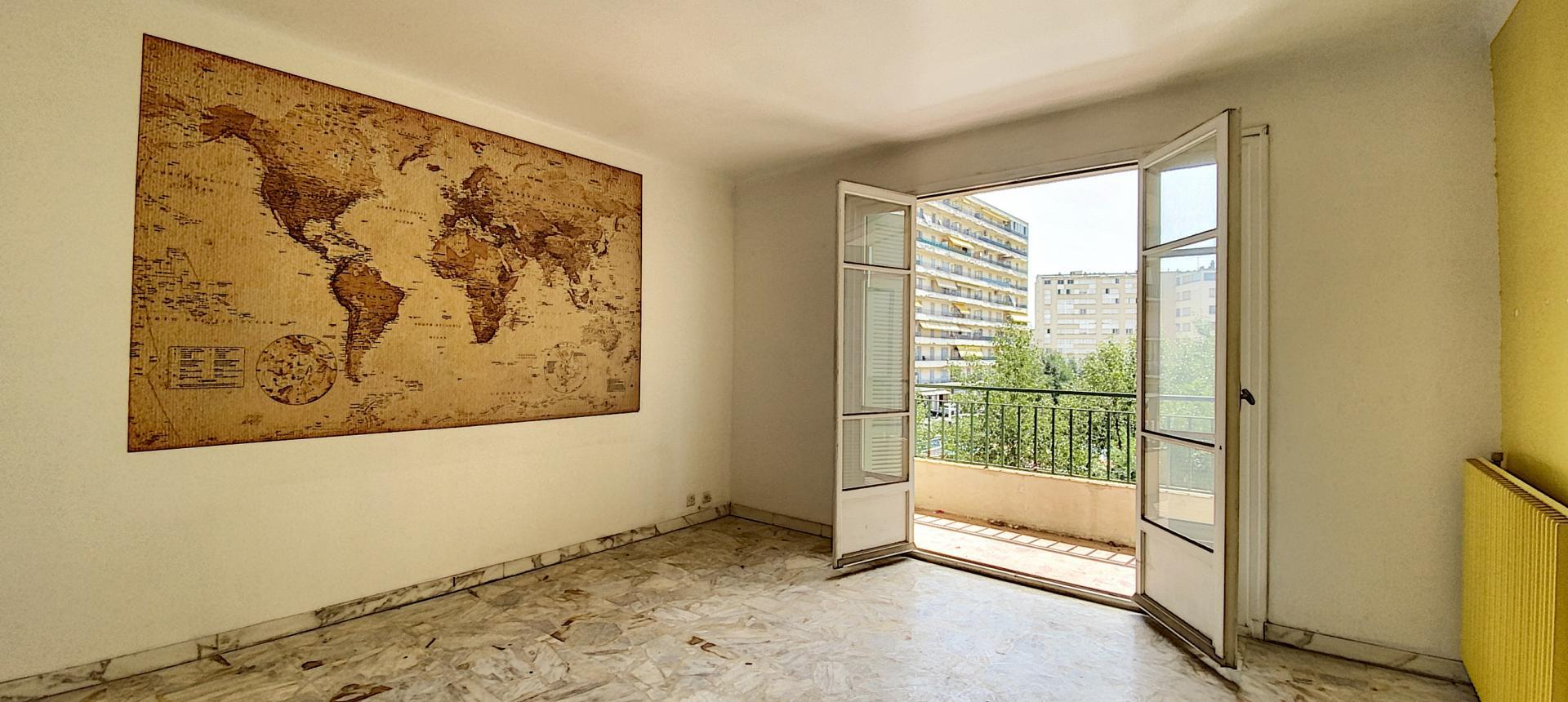 A vendre appartement F3 proche centre-ville - Vue salon 2