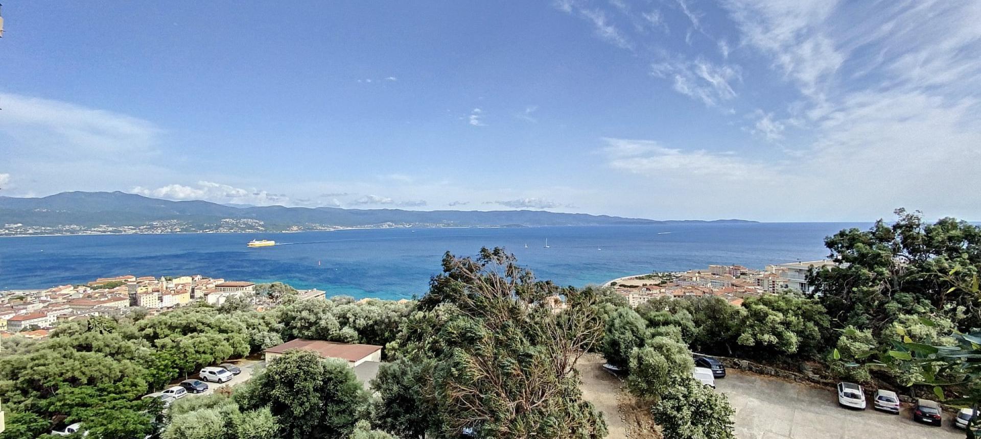 F4 à vendre Parc Belvedere à Ajaccio vue mer