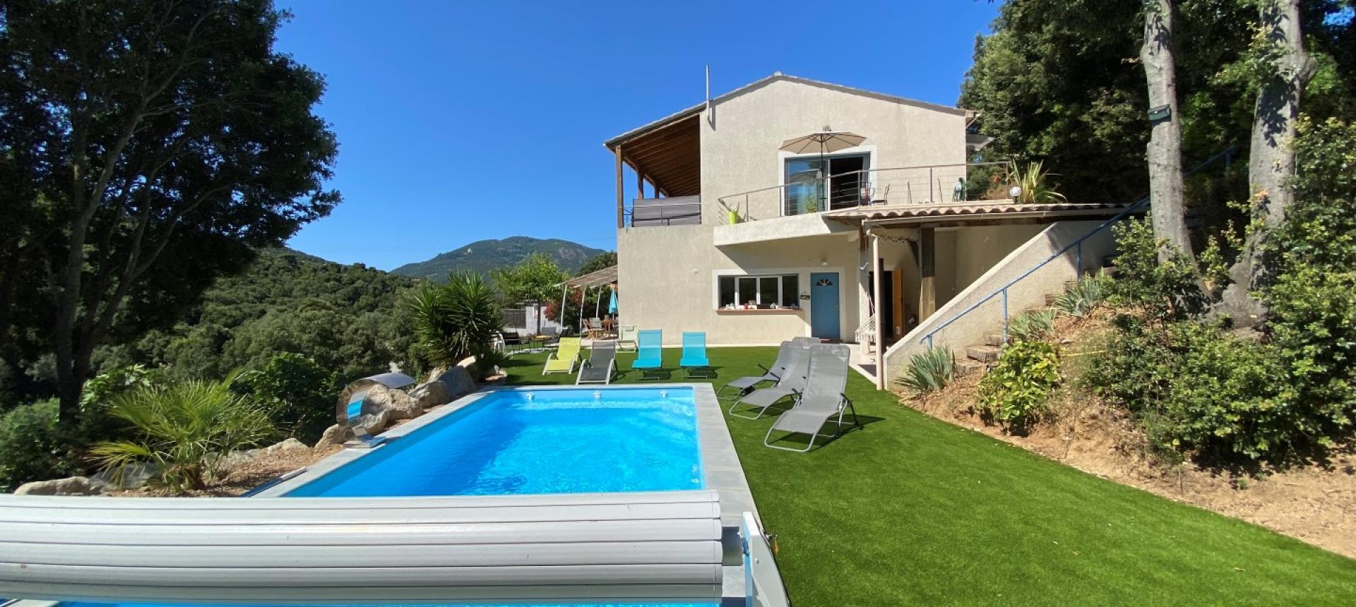 Villa à vendre proche Ajaccio - San Benedetto - Vue piscine