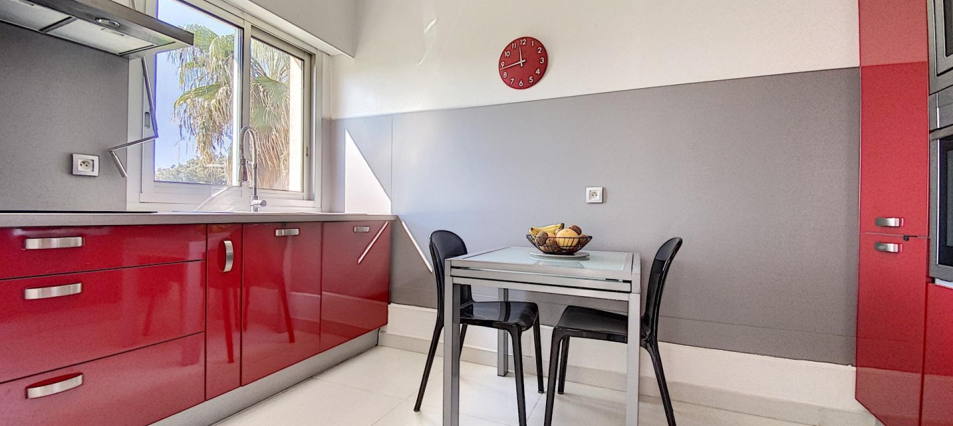 Vente appartement F3-4 duplex Ajaccio Cuisine