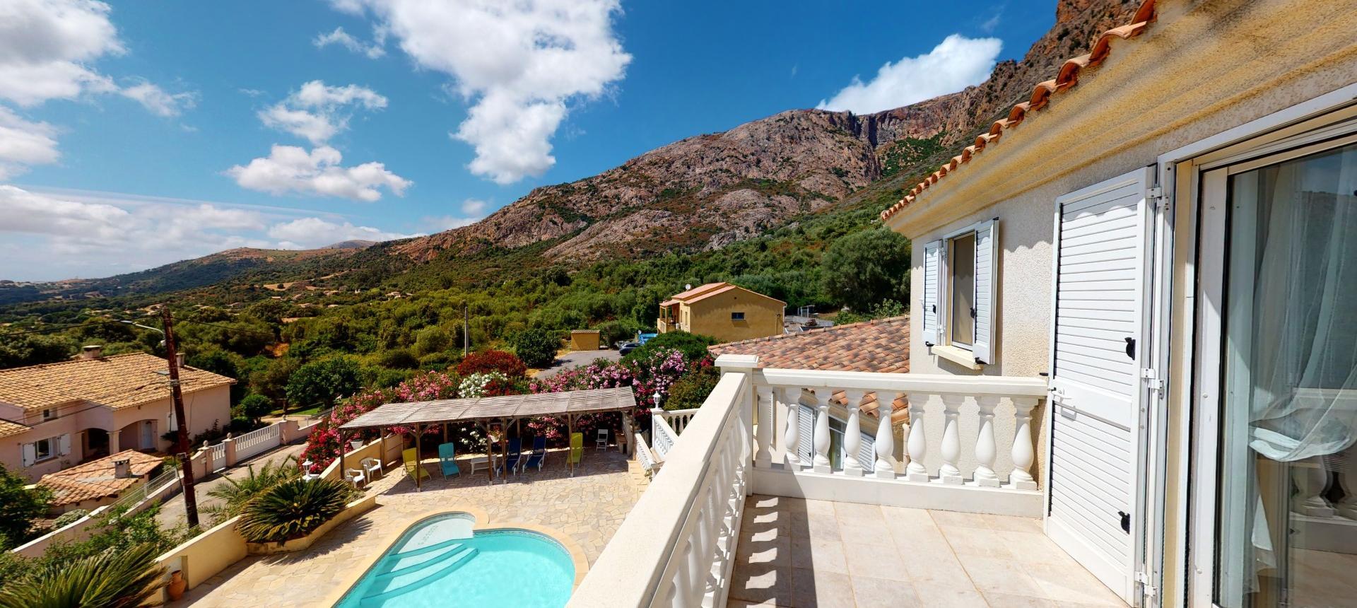 A vendre villa avec vue dégagée proche Ajaccio - AFA-TERRASSE R+1