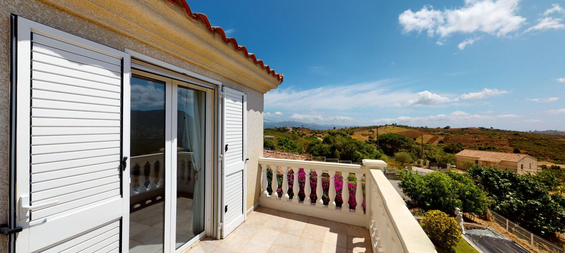 A vendre villa avec vue dégagée proche Ajaccio - AFA - TERRASSE R+1