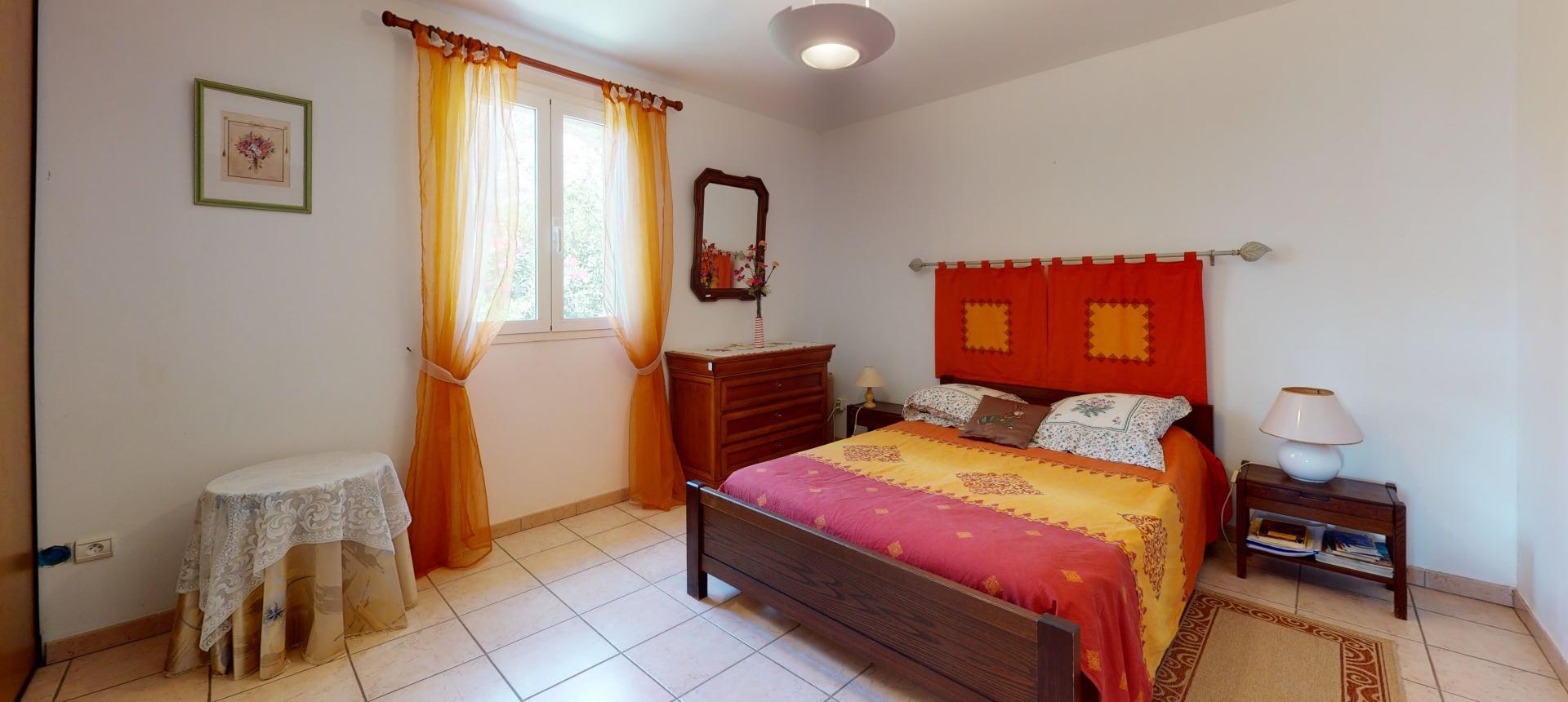 A vendre villa avec vue dégagée proche Ajaccio - AFA- CHAMBRE RDC