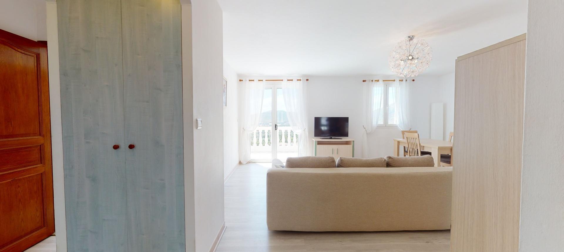 A vendre villa avec vue dégagée proche Ajaccio - AFA - SEJOUR R+1