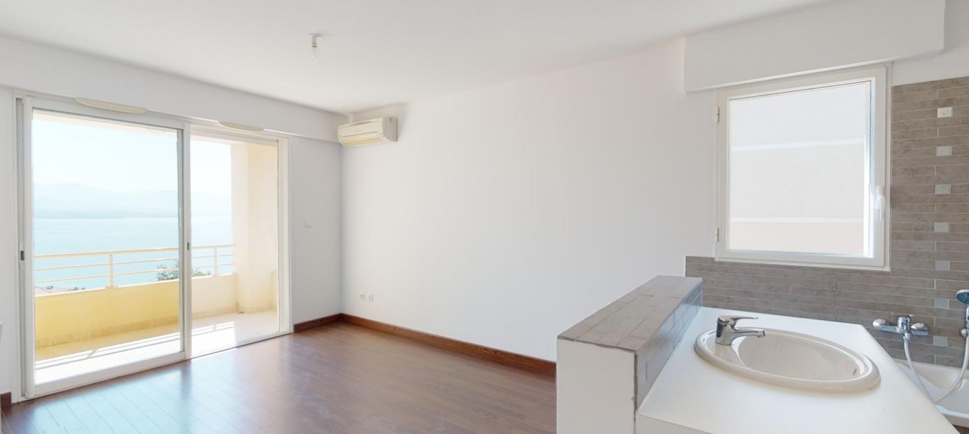 F5 à vendre vue mer Ajaccio master bedroom