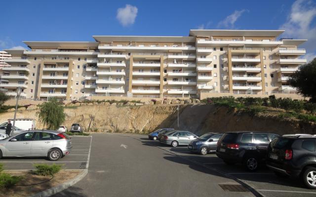 En Corse, à Ajaccio, Location d'un appartement de type F2 sur la route des Sanguinaires