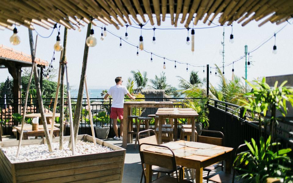Comment aménager la terrasse de son appartement à Ajaccio ?