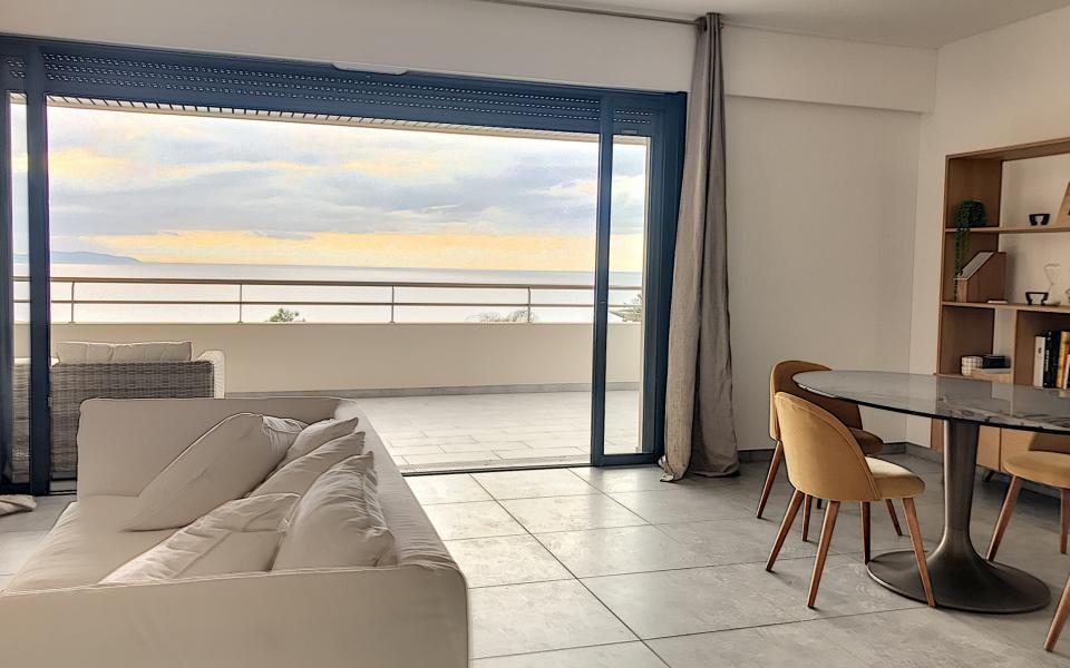 En Corse, à Ajaccio, Route des Sanguinaires, Vente d'un F3 dans programme immobilier neuf LE PARC IMPERIAL
