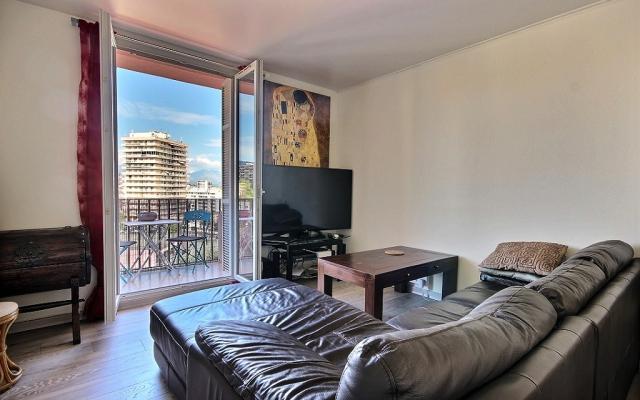 Salon, Appartement F3 a vendre, Loretto, Ajaccio