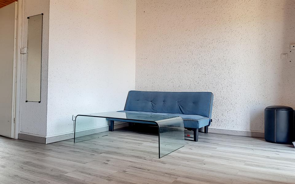 F2 AGOSTA  salon 1