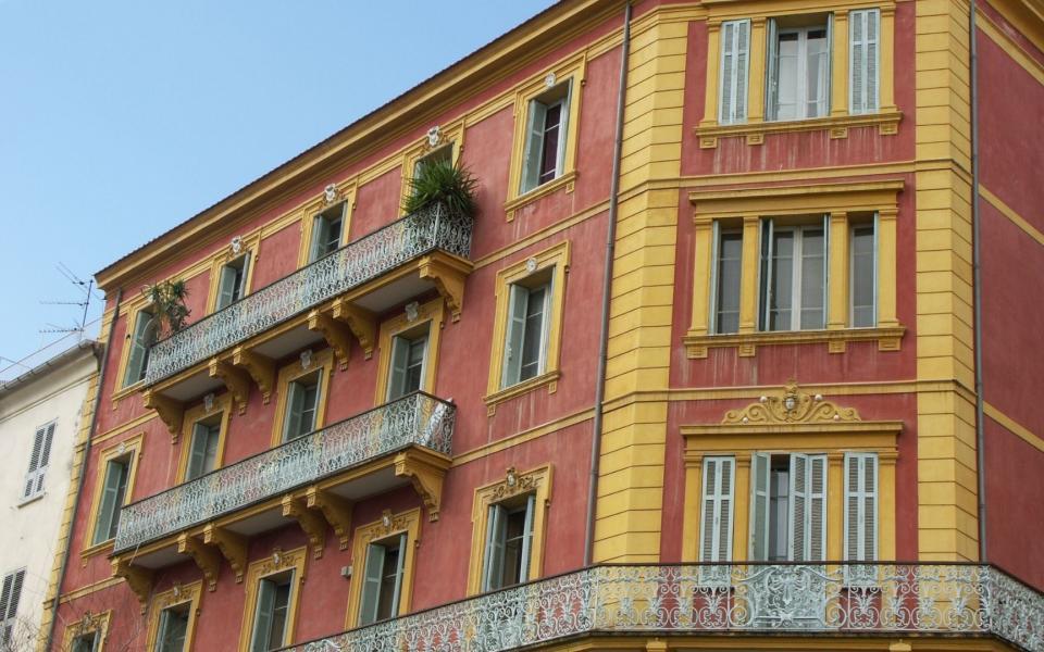 Estimation d'appartement à Ajaccio : en ligne ou en réel ?